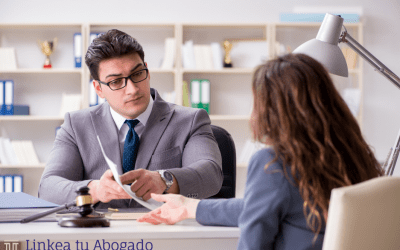 ¿Qué documentos necesito presentar para una demanda laboral?
